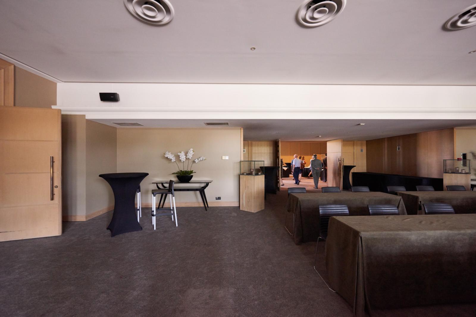 Foyer Hotel : Foyer hotel serwir sint niklaas